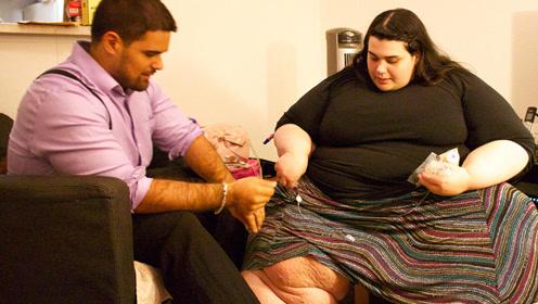 巨胖女子为和丈夫更加亲昵 减掉150公斤成为女神
