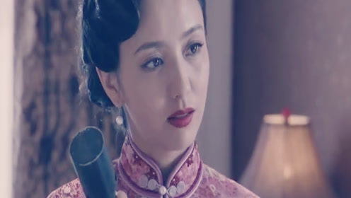 《爱国者》佟丽娅手持炸弹救人,不帮我就一起死