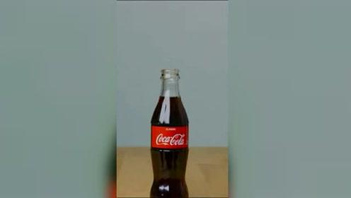 一杯可乐瓶改造方便按压清洗剂