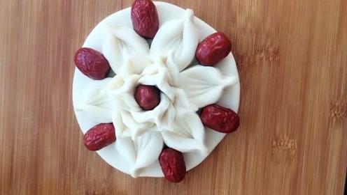 花样面食之花朵花卷的做法,值得一试,非常漂亮简单!