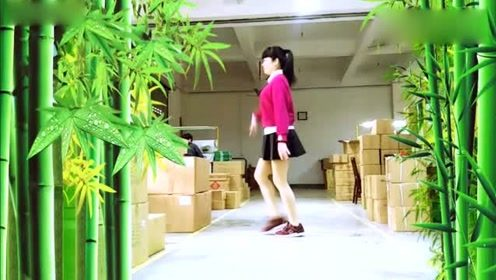 广场舞《九月九的酒》好看易学,舞姿优美!
