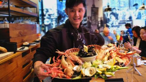 陪你看鱼世界,刚捞上来的青花鱼,零度海水保存送到世界各个餐桌