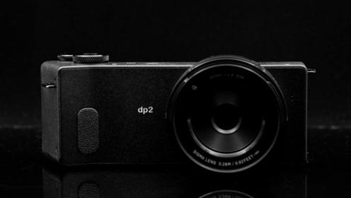 日本发明迷你相机眼睛,眨眨眼就能拍照,太智能化了