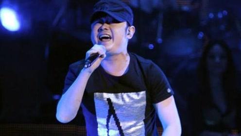 刀郎隐退8年,罕见参加综艺节目,一开嗓便演绎经典!