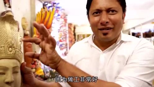斯里兰卡5块钱一个的饼,雷探长买了两个,很像国内的鸡蛋灌饼