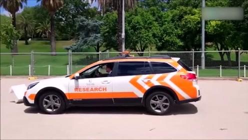 奔驰的无人驾驶安全性有多高,看完视频才知道广告都是骗人的!