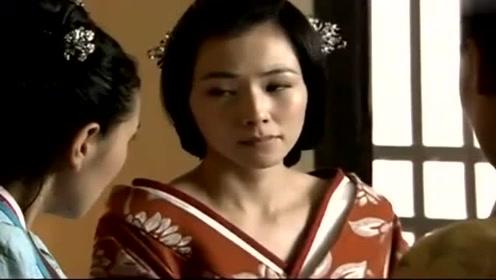 佩蓉一整天都心神不安,岂料被闺蜜看个透彻,她无奈说出自己想法