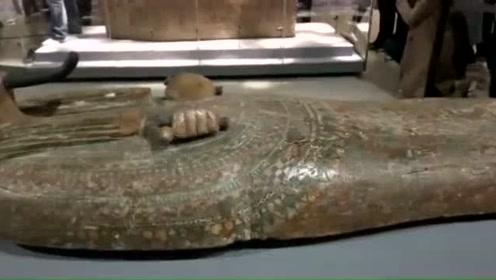 古埃及木乃伊亮相山东博物馆 实拍开箱瞬间
