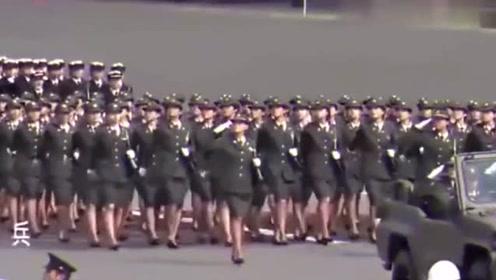 女兵阅兵式六国大PK,中国女兵完胜全场,太霸气了