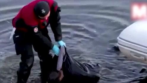 什么仇什么怨?两男子为当网红 将陌生男子从桥上推下溺水死亡