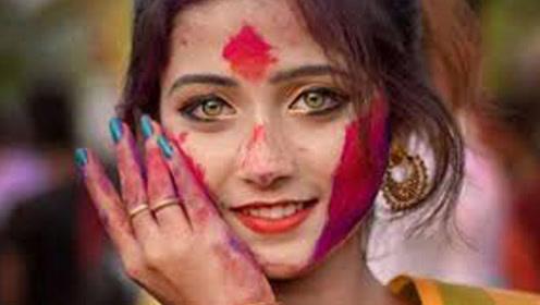 印度女孩来中国不愿上厕所,知道原因后忍不住笑出了声!