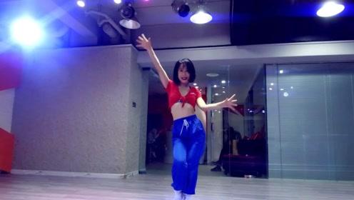 YUNA翻跳TWICE《FANCY》在线撩人