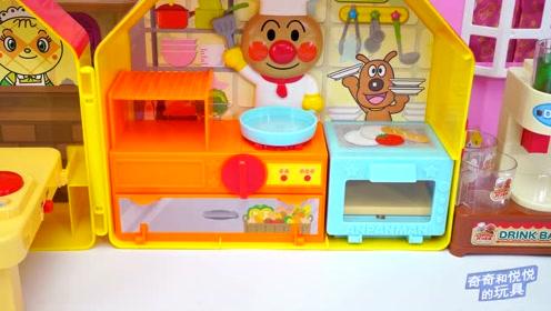《奇奇和悦悦的玩具》面包超人美食广场