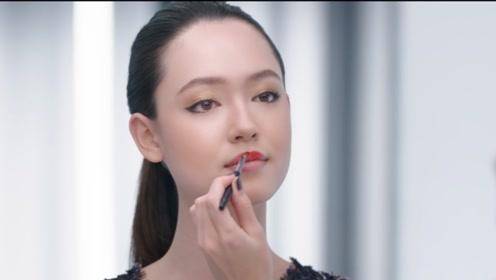 香奈儿最天然素颜女模特,有的人不需化妆也好看,颜值即正义!