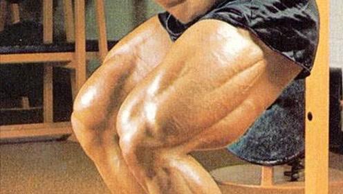 俄罗斯金刚芭比!她健身6年喜提健美腿王称号