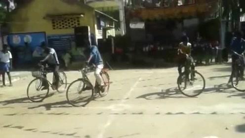 骑自行车比赛:比谁更慢,1米远他能骑1小时