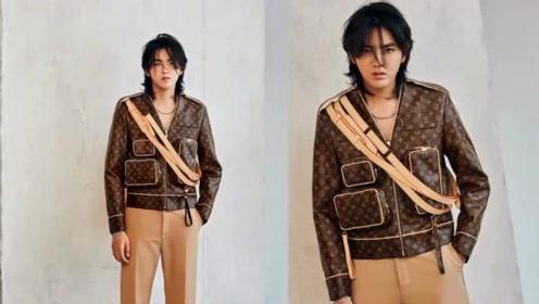 """吴亦凡背着六个LV包,男装""""实用主义""""正回归?"""