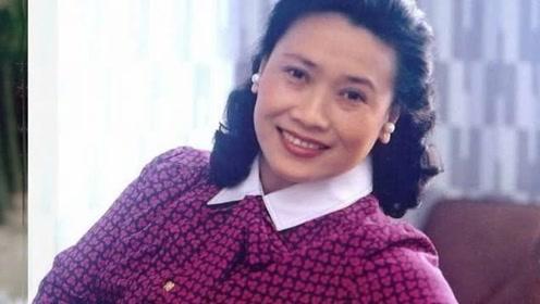82岁的她曾和李谷一齐名,晚年生活低调,曾被称为流行音乐鼻祖