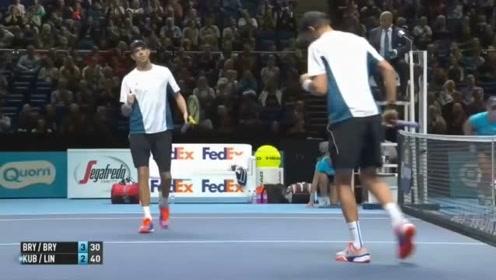 果然!双打最刺激 不看后悔的精彩到不行的网球双打集锦!