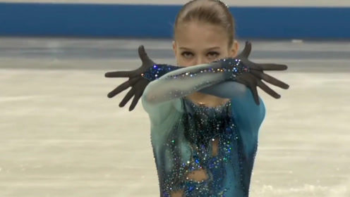 滑男单的冰,让男单无冰可滑!13岁的小女单莎莎超越男单记录!