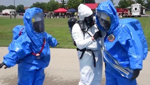双层生化防护服,这么密不透风够安全吗?
