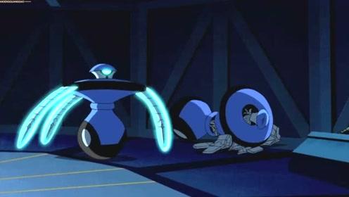 终极异形:田小雯被机器人攻击,凯文却在一盘看戏