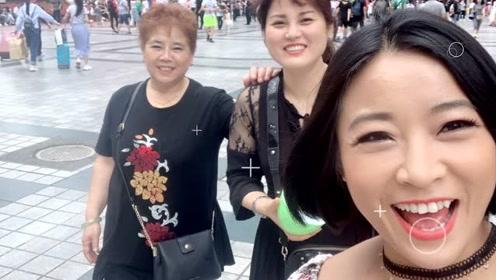 WWE中国女将李霞参与全民Vlog 镜头记录家乡重庆人文风貌