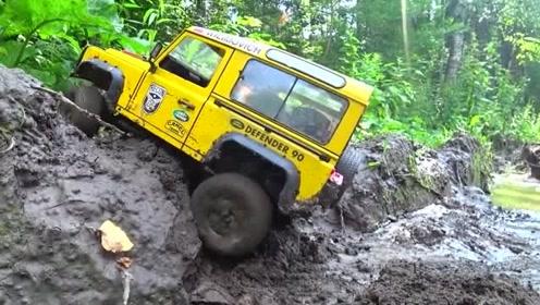 RC汽车模型的泥浆越野探险,来,感受一下这个动力