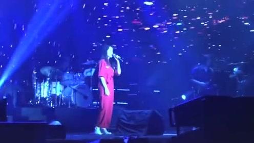 欧阳娜娜翻唱经典单曲《小情歌》,小奶音甜甜的好听!