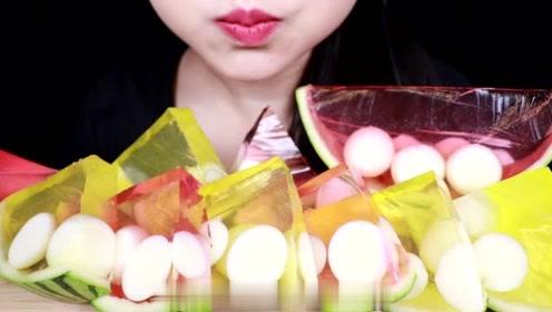美味的西瓜果冻的吃播放送,Q弹爽滑,看着好美味啊