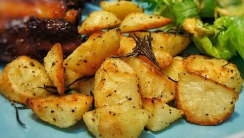 """土豆好吃,但不能跟这3种""""美食""""一起吃,相当于慢性毒药!"""
