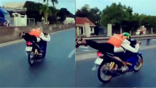 """越南17岁""""小飞侠""""骑摩托上路   姿势洒脱销魂活久见"""