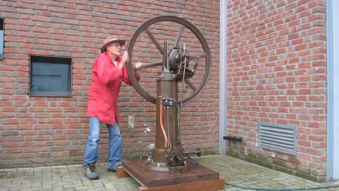 老头收藏100年前的奇特发动机,看看是如何启动的,太别致了!