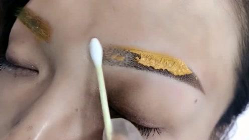 这就是传说中的染眉膏?只是这颜色真的有点接受不了