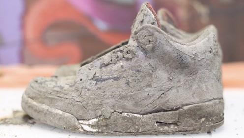土里挖出双破烂AJ黑水泥,原以为回天乏术,没料到老外是手艺人