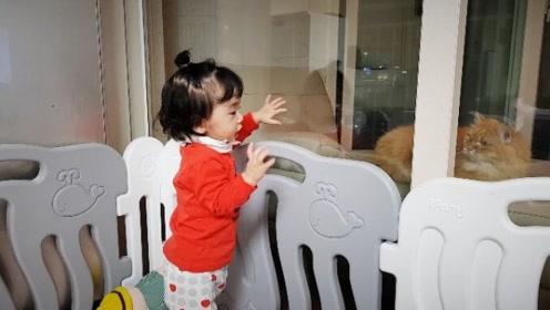 1岁小宝宝和猫对话,这可能是世界上最高深的语言了,谁能听懂?
