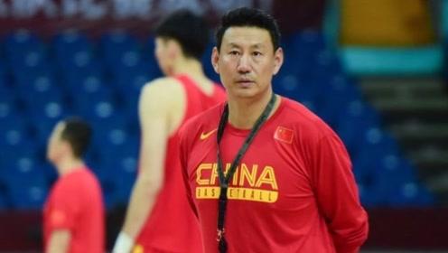 李楠为何能担任男篮主教练?姚明一语道破,球迷:当之无愧!