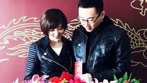 他曾和秦岚相恋5年 却娶了小12岁央视女主播 中年得子成赢家