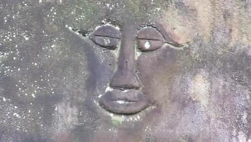 """小伙钓鱼捡到一块像""""人脸""""的石头 专家鉴定后,直接坐在地上"""