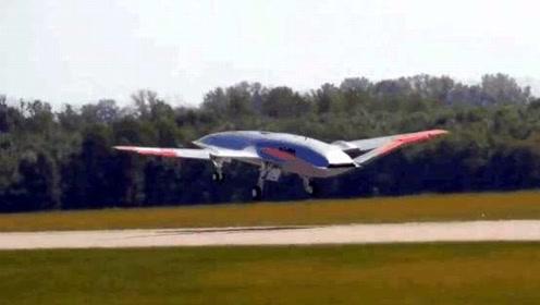 美国MQ-25舰载无人加油机完成首次试飞