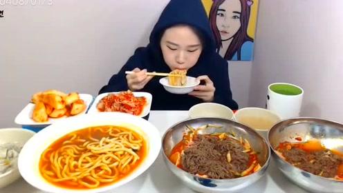 大胃王吃乌冬面和冷面,一顿吃了四人份,过瘾!