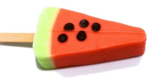延时摄影下的西瓜雪糕,融化的每一秒有多惊艳?画面让人意想不到