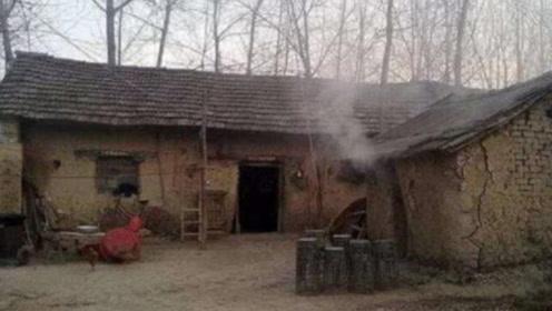 浙江一农民翻盖鸡窝,考古队得知后激动的说:等候这一天15年了