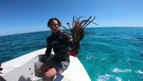 龙虾天堂是什么样子得?网友:这里的龙虾还真是多呀