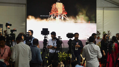 只剩2.1公里!印度登月探测器降落失败,让人痛心!