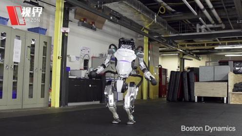 波士顿动力发布两款机器人宣传片 旋转跑酷宛如体操王子