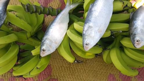 """中国当垃圾处理,印度人却做成美食,独创菜品""""香蕉鱼泥""""!"""
