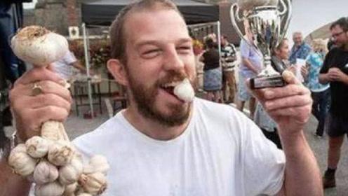男人晨起吃大蒜有哪些好处? 坚持每天一个,让你重回年轻状态!