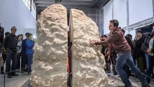 """老外痴迷""""孙悟空"""",把自己封入巨石,8天险些饿死自己"""