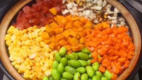 大米里放一大块南瓜,出锅拿红烧肉也不换,我家孩子经常要吃